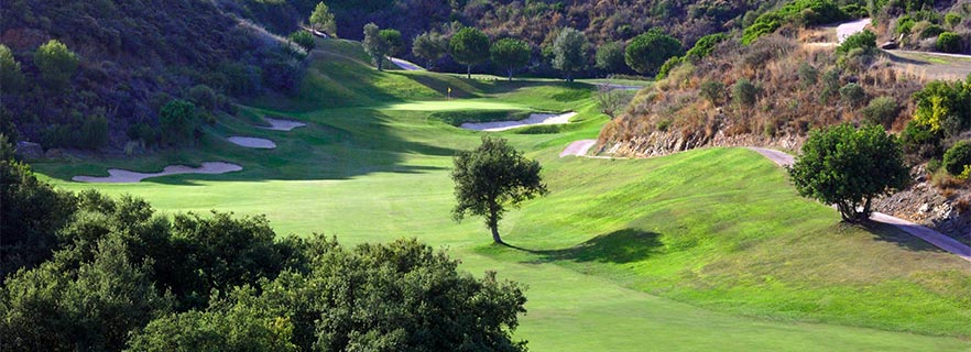 Flygfoto av golfbana och Marbella Golf Country Club